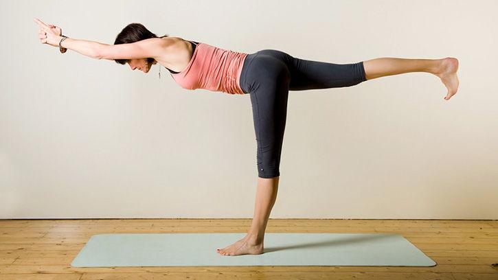 posizione akhanda yoga